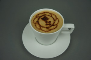 Capuccinoschablone-bremer-heimstiftung-tasse